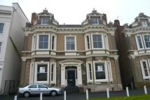Flat to rent in Clarendon Place