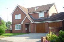 6 bedroom Detached home to rent in Quinton Close