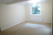 Flat to rent in Milverton Crescent
