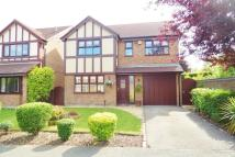 Detached property in Shipton Close, Westbrook...
