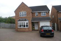 Detached property in Aldershaws...