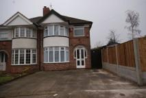 3 bedroom semi detached house to rent in Olorenshaw Road, Sheldon...