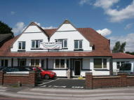 1 bed Flat to rent in Blossomfield Road...
