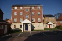 Ground Flat to rent in Old Dickens Heath Road...