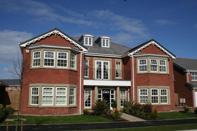 6 Bedroom Detached House For Sale In 47 Victory Boulevard