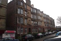 Flat to rent in Overdale Avenue...
