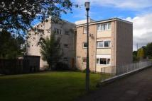Flat to rent in Ivanhoe, Calderwood