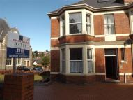 Flat to rent in Llanthewy Road, Newport...