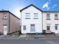 2 bed End of Terrace home to rent in East Usk Road...