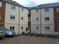 2 bed Flat to rent in White Rose House ...