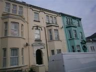 2 bedroom Flat in Clytha Square, Newport...