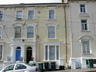 3 bed Flat in Clytha Square, Flat 4...