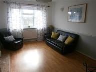 Flat to rent in GAINSBOROUGH DRIVE...