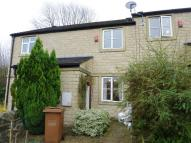 Town House to rent in Springfields, Otley Road...