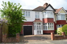 5 bed home in Oak Hill Crescent...