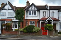 Lyndhurst Road house to rent
