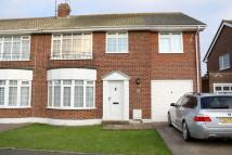LODGE AVENUE semi detached property to rent