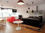 4 bedroom Apartment to rent in Long Street, London, E2