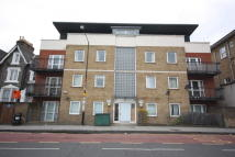 2 bedroom Apartment to rent in Campbell Road, London, E3