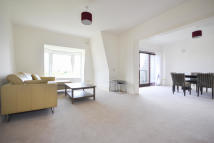 4 bedroom Penthouse in Park Road, London, NW8