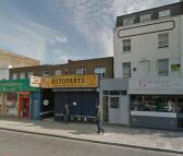 Flat in Holloway Road, London, N7