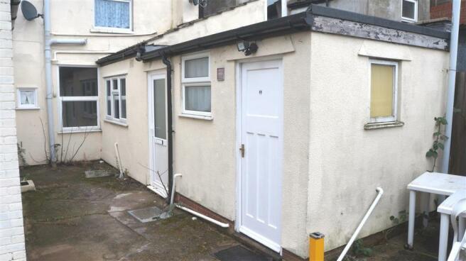 Studio Flat To Rent In Felixstowe Rd Ipswich Ip3