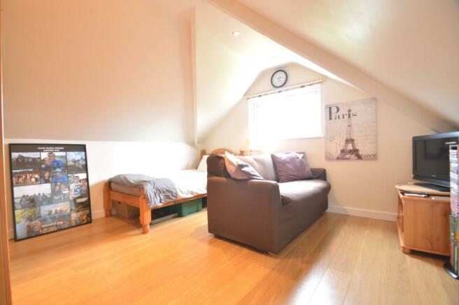 Bedroom 3/Attic