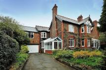 5 bedroom Detached property in Whitbarrow Road, Lymm
