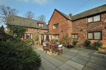 4 bedroom Detached house in Rushgreen Road, Lymm