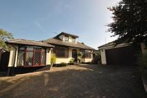 3 bedroom Bungalow in Brookside Avenue, Poynton