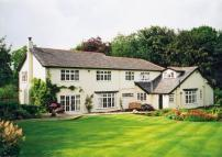 5 bed Detached property for sale in Castle Hill...