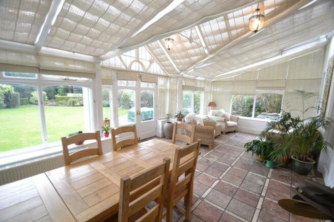 Conservatory/Dining