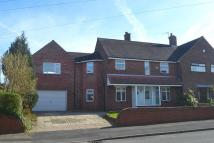4 bed semi detached home in Victoria Avenue...