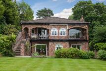 4 bedroom Detached property in Prestbury Road, Wilmslow