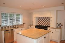 Detached property in Knightsbridge Close...