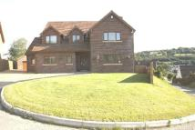 4 bed Detached property in Oak Tree Rise, Newbridge...