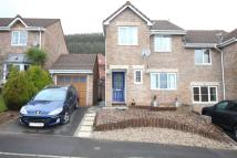 3 bed semi detached home in Dorallt Way, Henllys...