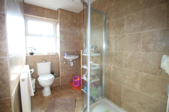 brown close bathroom