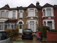 2 bedroom Flat in Second Avenue, E12
