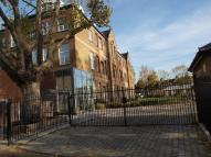 2 bed Apartment to rent in Hannah Court, Stratford