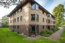 Flat in 2/8 Barnton Avenue West...