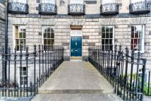 4 bedroom Flat in 6 Ainslie Place...