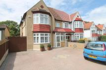 4 bed semi detached property for sale in Meadow Road, Sutton, SM1