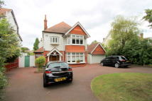 4 bedroom Detached house in Hall Road...