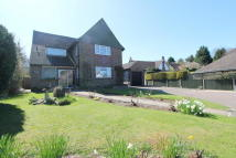 4 bed Detached house for sale in Woodcote Avenue...