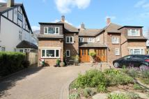 3 bedroom semi detached house for sale in Dower Avenue, Wallington...