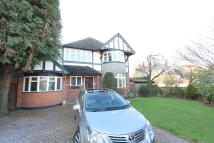 4 bedroom Detached house for sale in South Cheam Surrey, SM2
