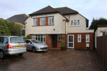 4 bedroom Detached house in Cheam,  SM2