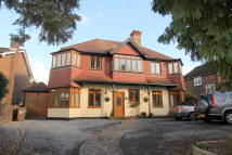 Detached property in South Cheam,  SM2
