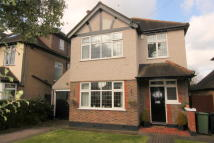 3 bedroom Detached home for sale in Ewell,  KT17